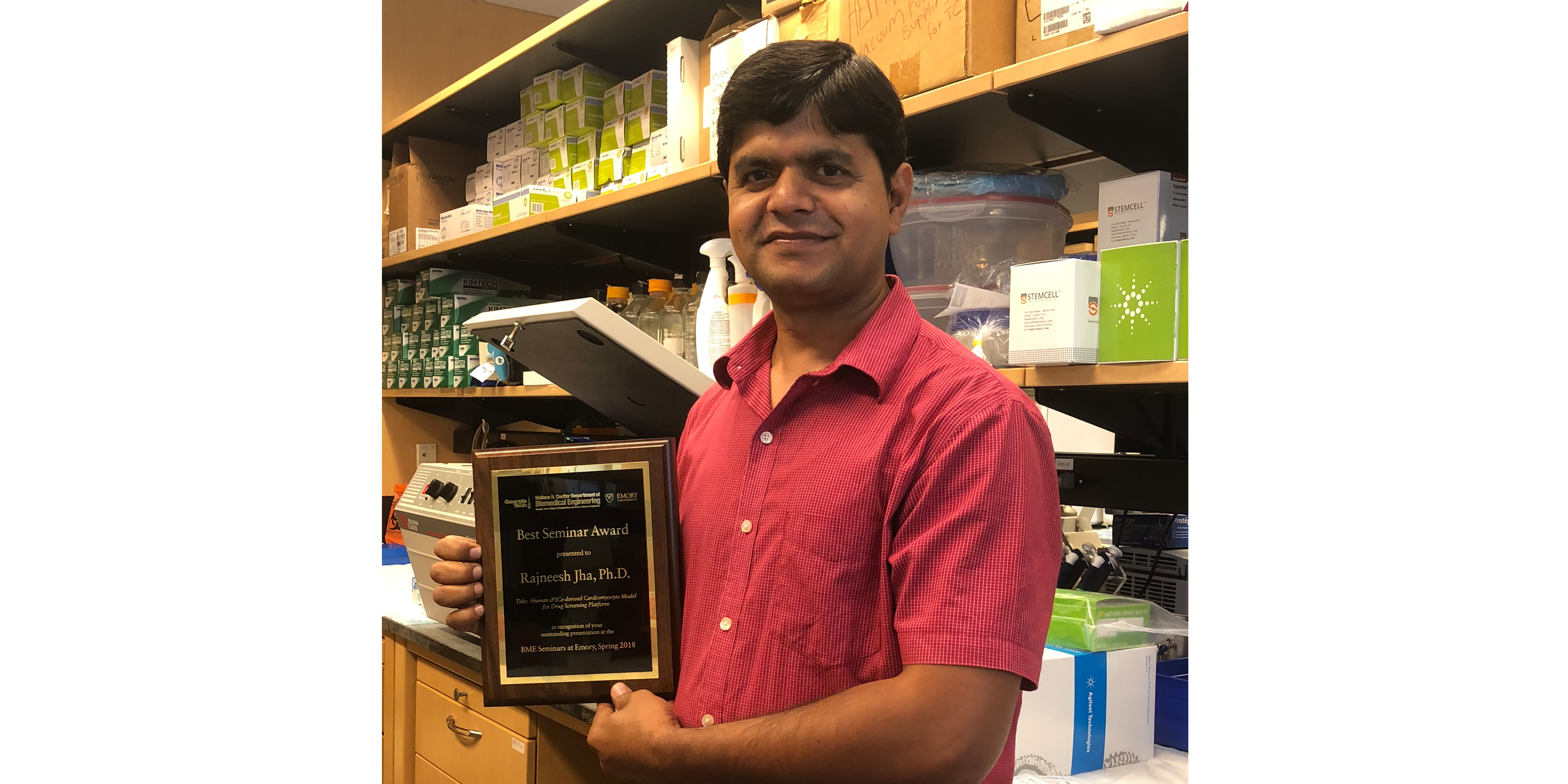 Dr. Rajneesh Jha won the Best BME Seminar Award -2018 Carousel Photo